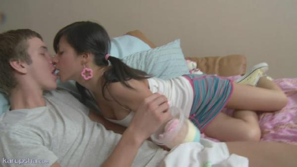 Трах молодой грудастой телочки / Nancy (2011) HDRip [720p]