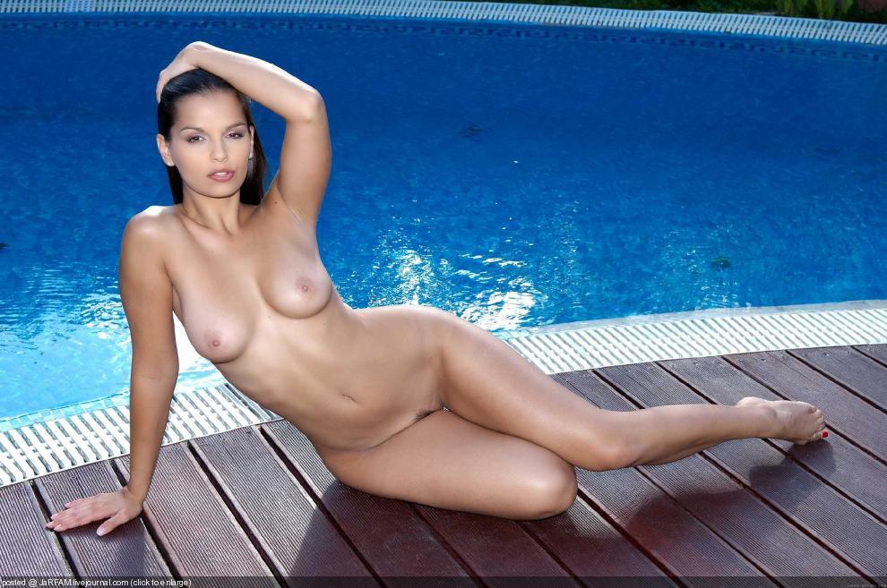 ева калашник голые фото