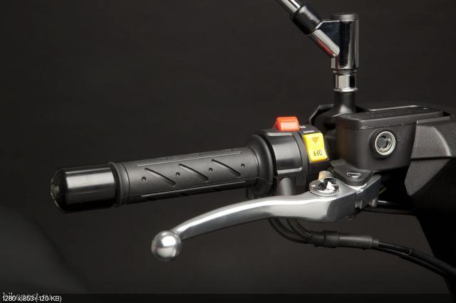 Новый скутер Kymco MyRoad 700
