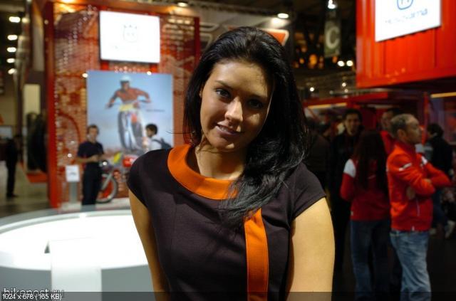 девушки EICMA 2011