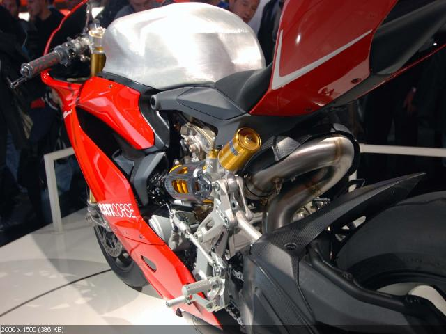 Ducati 1199 Panigale на выставке EICMA 2011